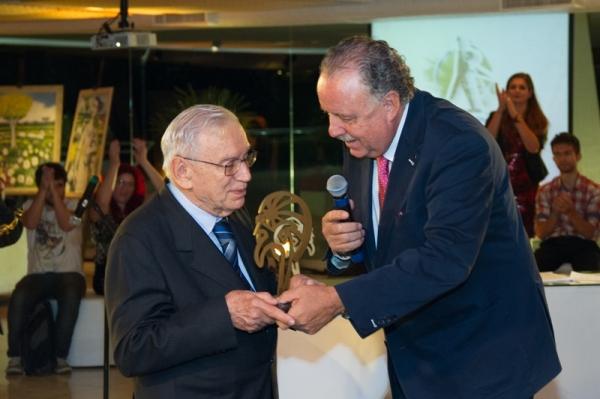 Cerimônia 7 Prêmio Ozires Silva Isae FGV - Dr. Ozires Silva e Norman de Paula Arruda Filho - foto Luis Batista (16)_
